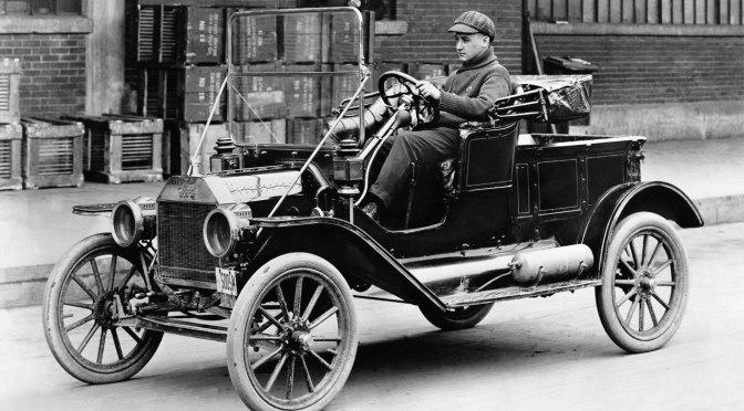 Padre Barsanti e il primo motore a combustione interna della storia.