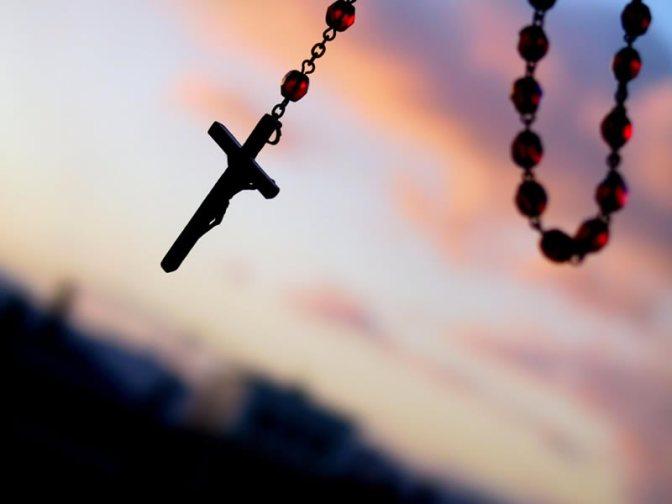 """E' l'arma più potente: di fronte a tante """"ragioni"""", non ci resta che pregare."""