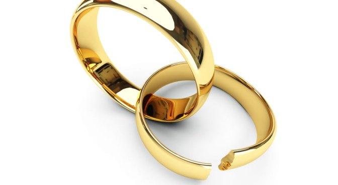 """Divorziati, le ambigue soluzioni dei """"pietisti""""."""