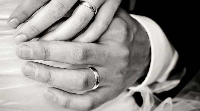 Sinodo, Erdo: «I divorziati risposati appartengono alla Chiesa».