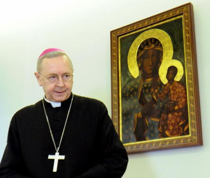 Critiche alla relazione Erdo dal presidente dei vescovi polacchi.