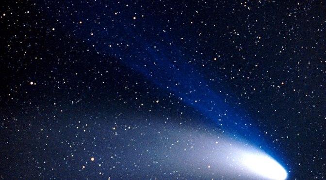 Il gesuita cui è riconosciuta la scoperta di sei comete è Francesco de Vico.