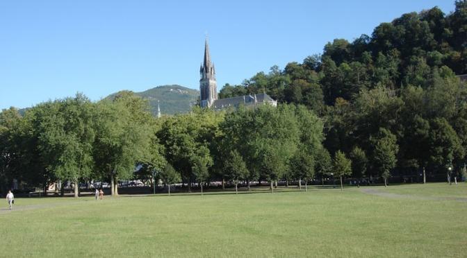 A Lourdes, un cuore nuovo per Elisa Seisson